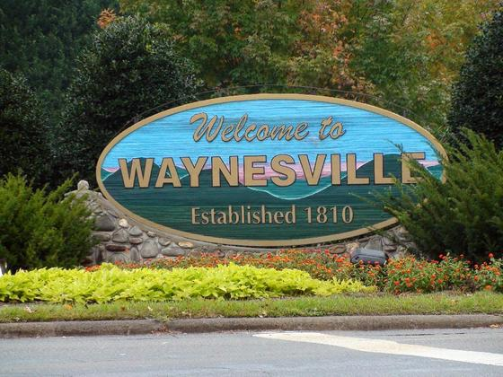 4661077-Welcome_to_Waynesville-Waynesville